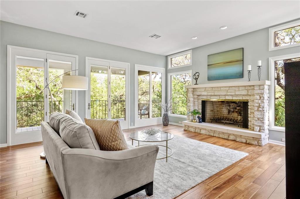 2605 Stratford Dr Property Photo 1