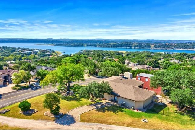20568 Highland Lake Dr Property Photo 1
