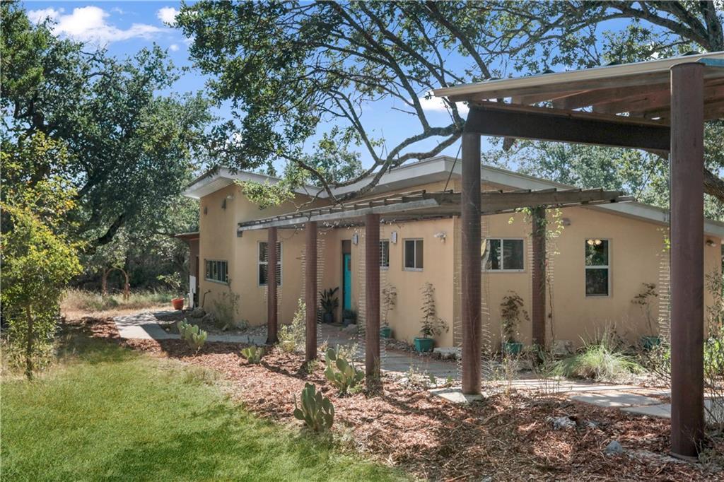 400 Twin Oaks Trl Property Photo 1