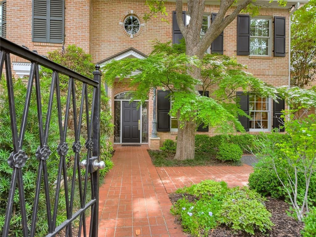 3701 Gilbert St # B Property Photo 1