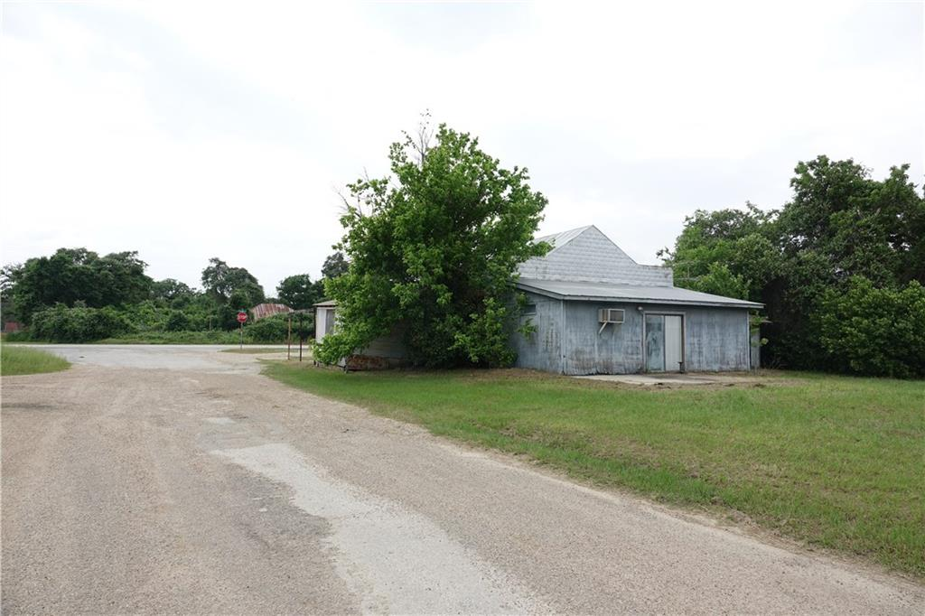 11196 N Highway 77 Property Photo 28