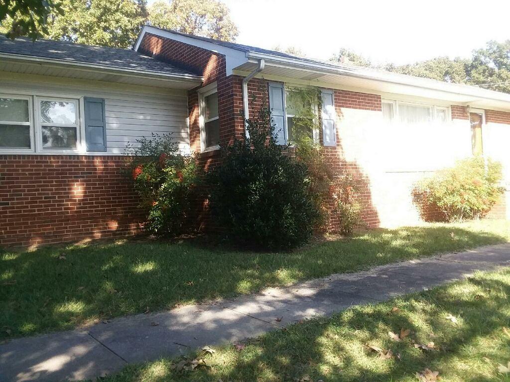 1448 Morningside Drive Property Photo 1