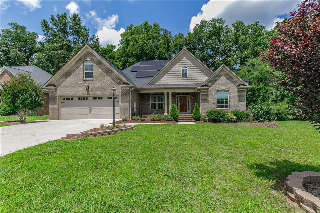 1200 Dogwood Drive Property Photo