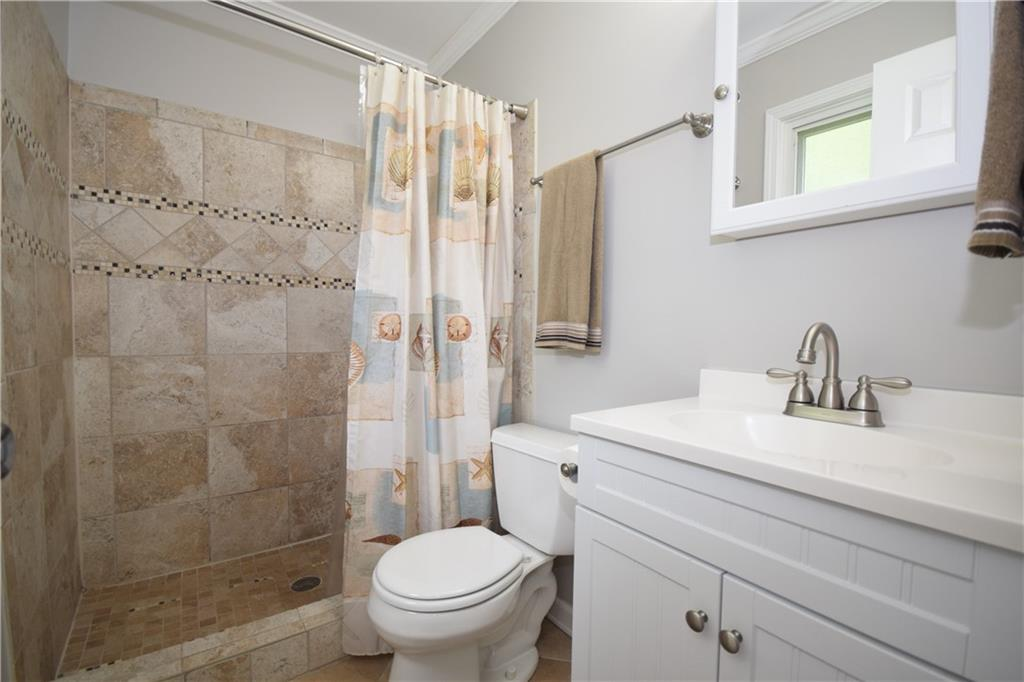 2484 Hoskins Road Property Picture 13