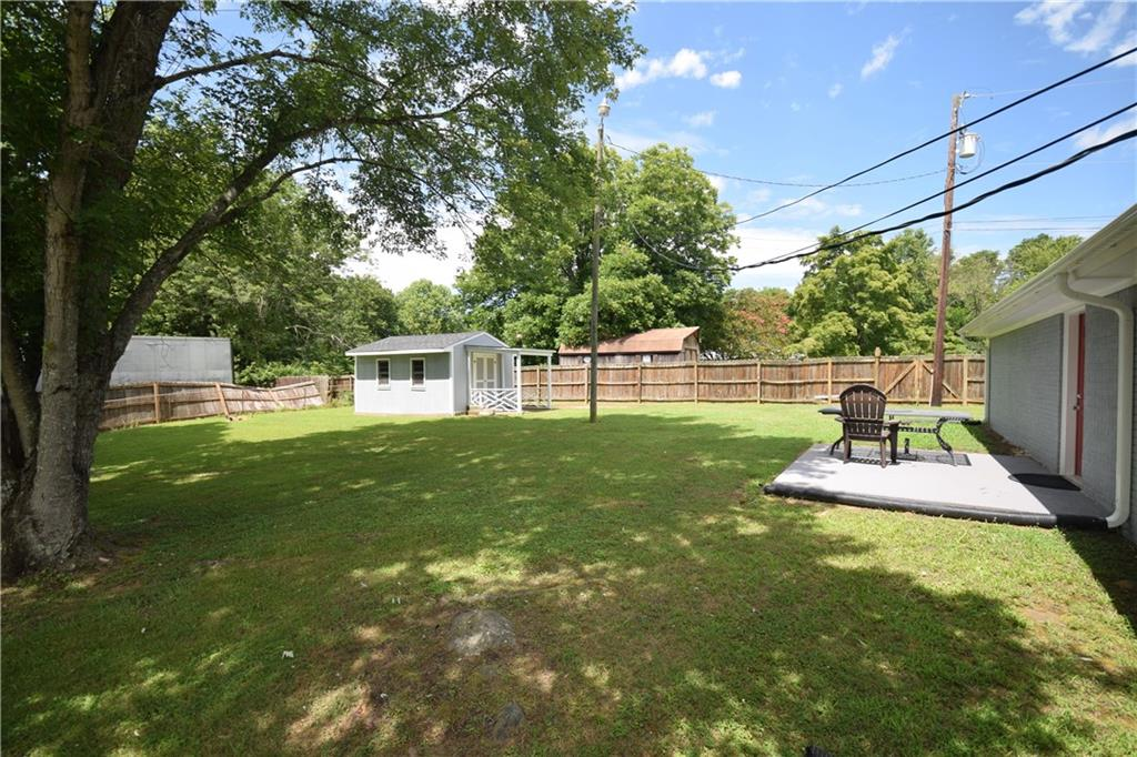 2484 Hoskins Road Property Picture 21
