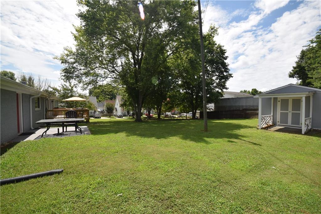 2484 Hoskins Road Property Picture 25