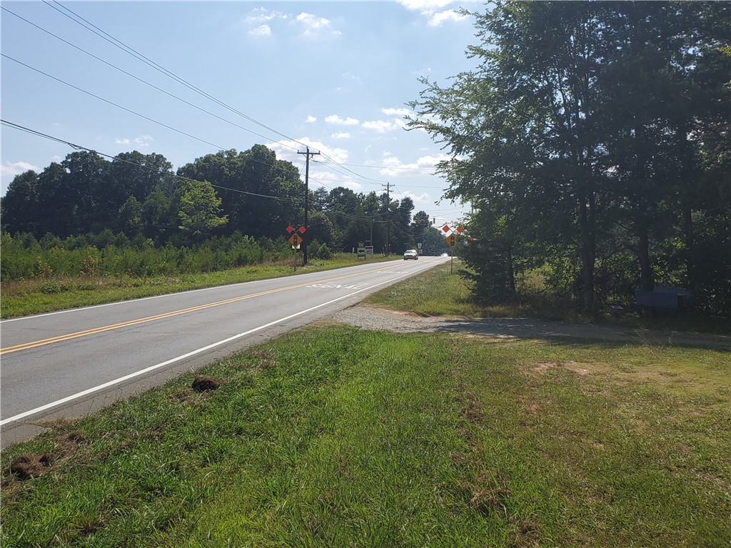 4513 Hicone Road Property Photo