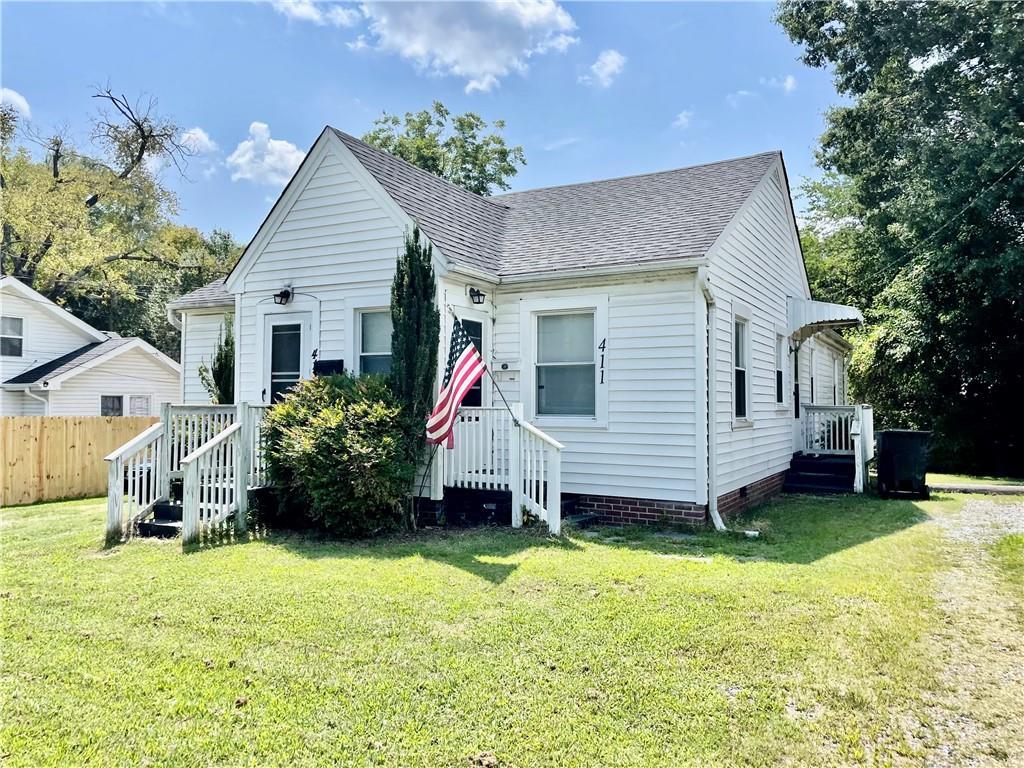 413 S Saint John Street Property Photo 1
