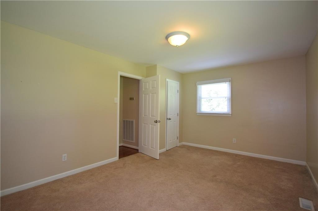 2851 Springfield Drive Property Picture 23