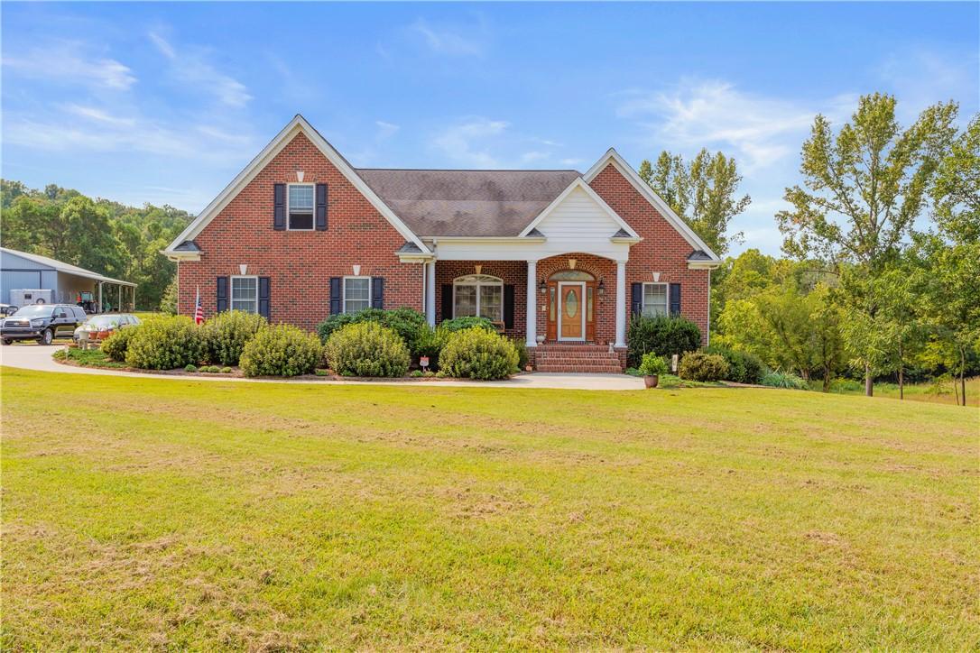 2262 Overlook Property Photo