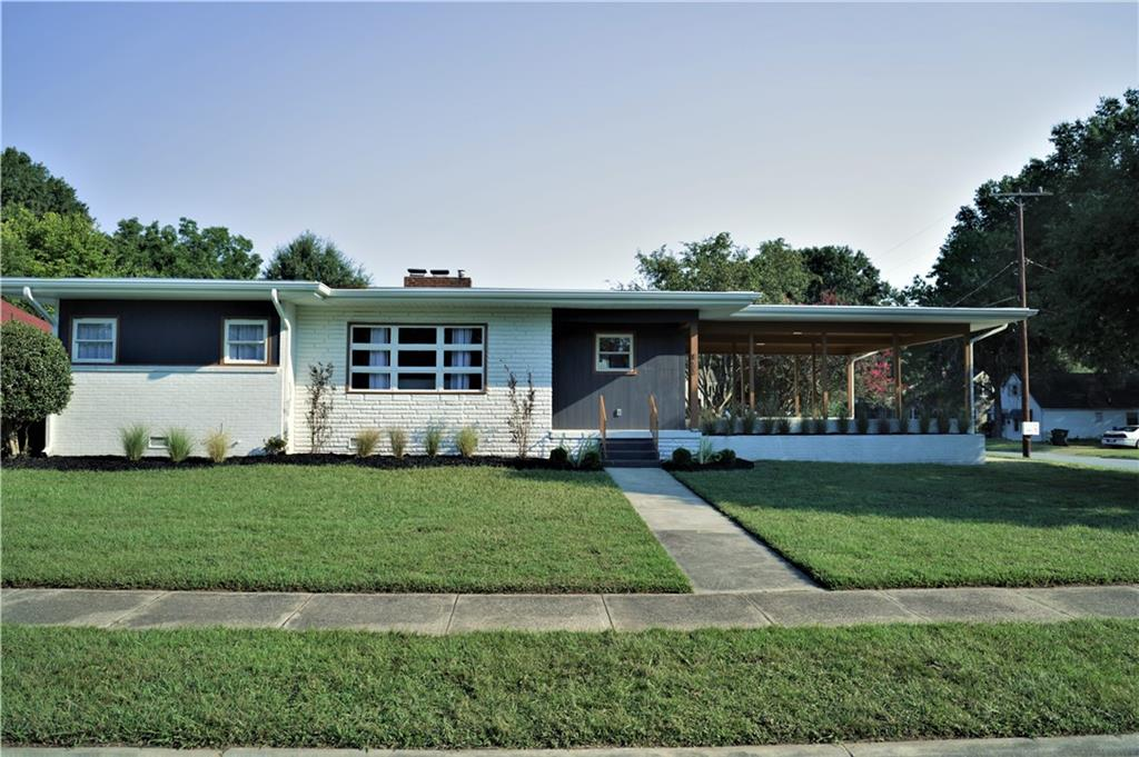 822 Washington Street Property Photo 1