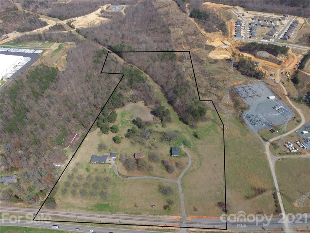 12218 Old Statesville Road Property Photo