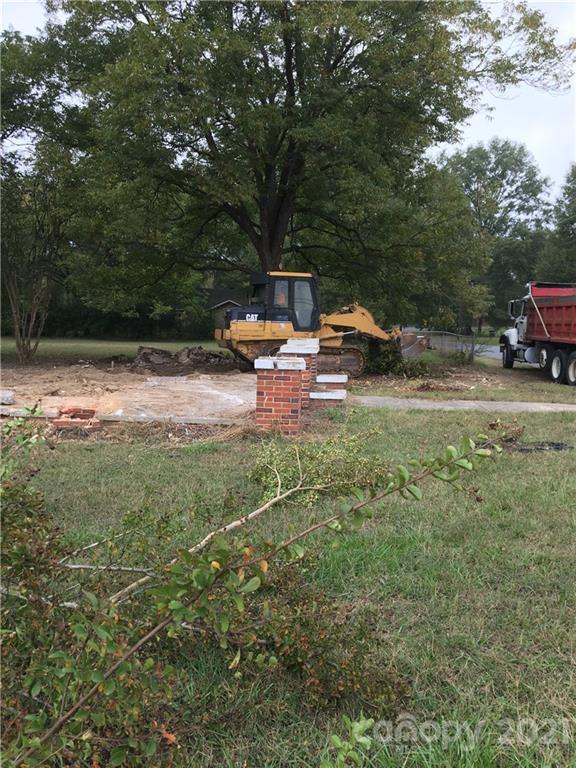 601 Carelock Drive Property Photo