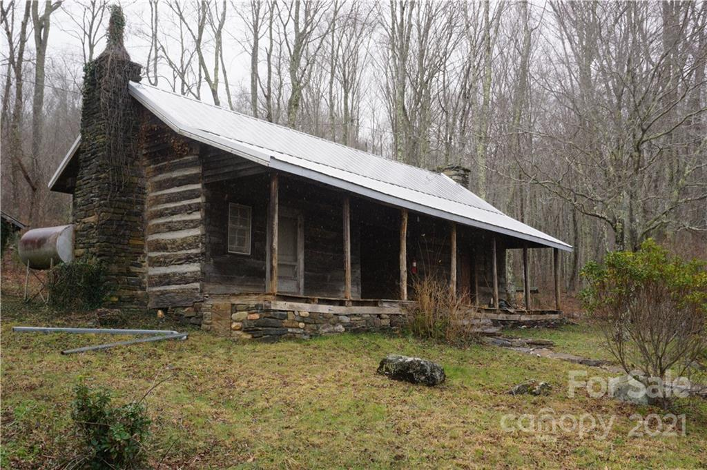 745 Hickory Springs Road Property Photo 8