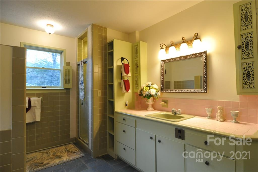 745 Hickory Springs Road Property Photo 33