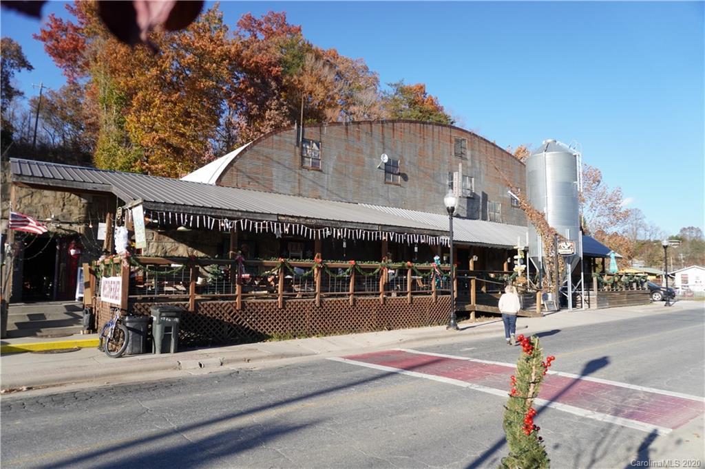 61 Depot Street Property Photo
