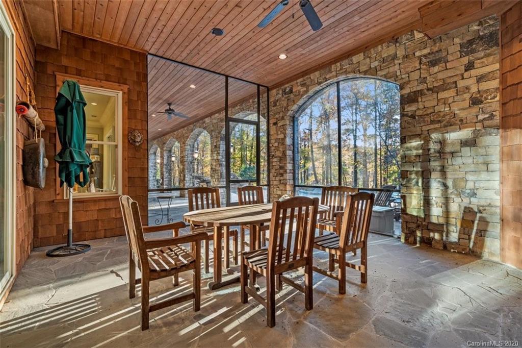 9235 Sweetleaf Place Property Photo 40