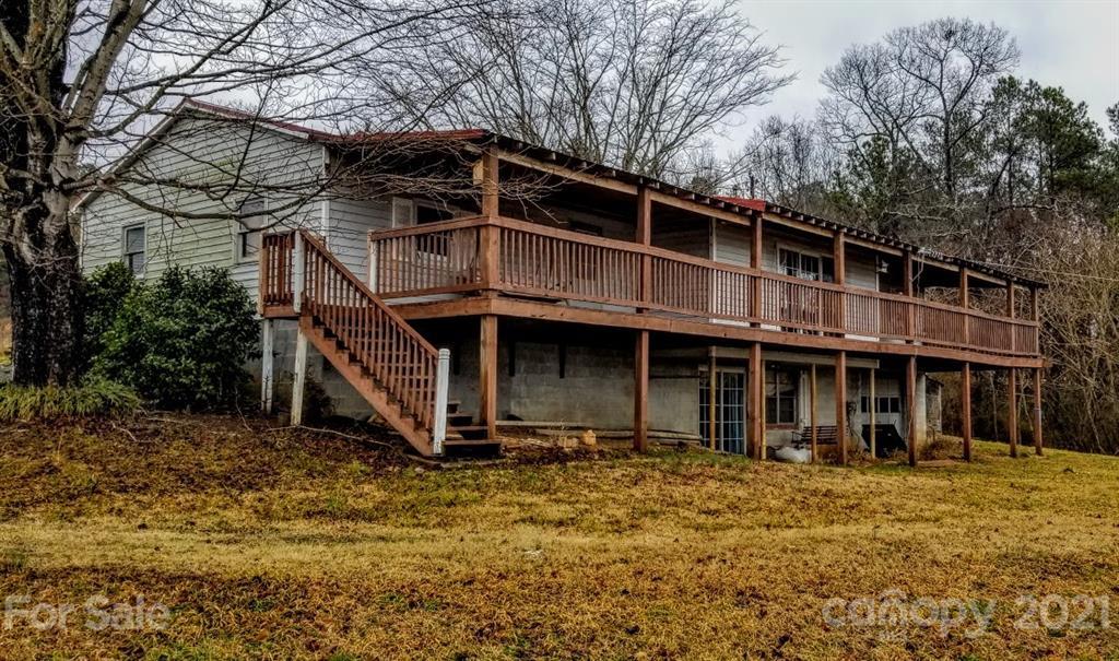 6020 Rocky Mount Road Property Photo