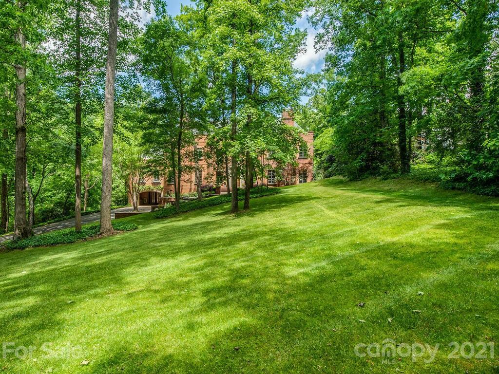 2342 Rock Creek Drive Property Photo 6