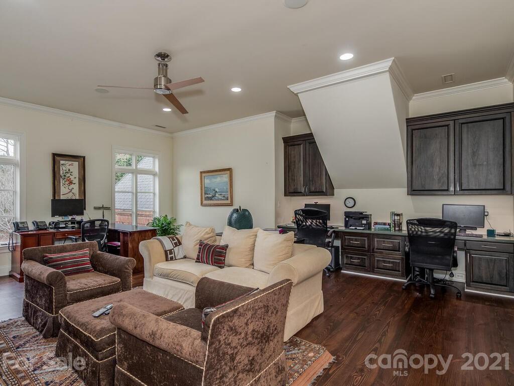 2342 Rock Creek Drive Property Photo 36