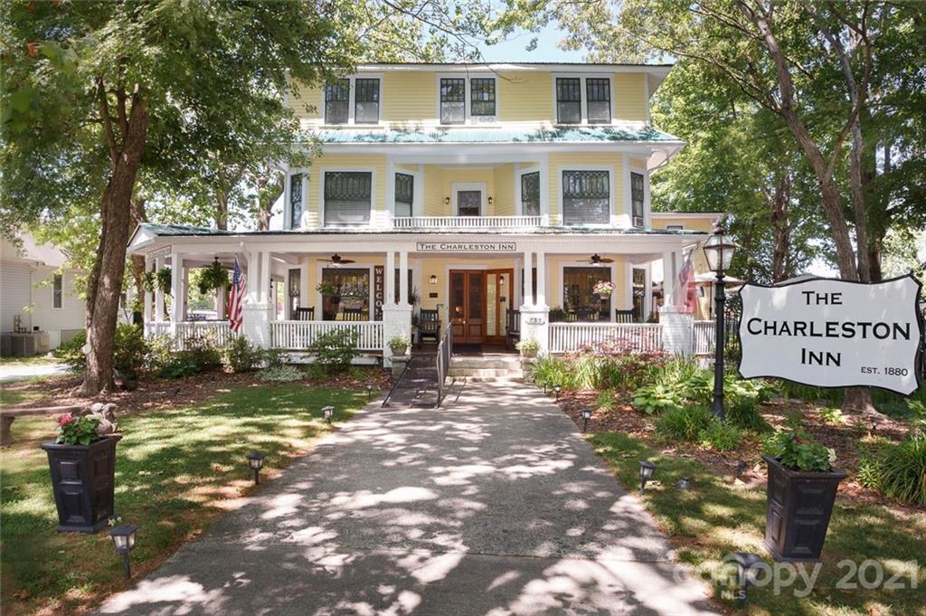 755 N Main Street Property Photo
