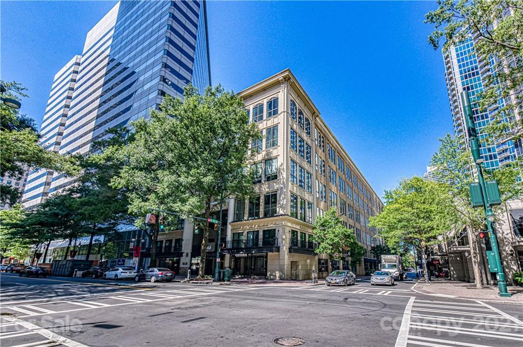 28202 Real Estate Listings Main Image