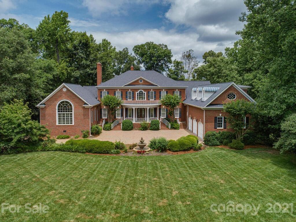 151 Easton Drive Property Photo