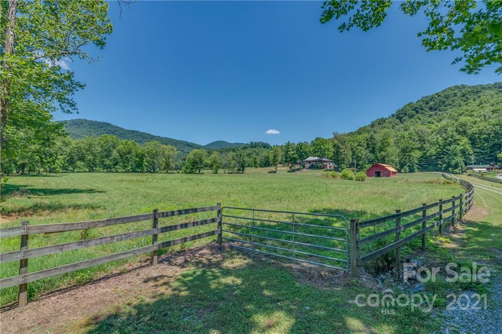 2150 Cedar Creek Road Property Photo