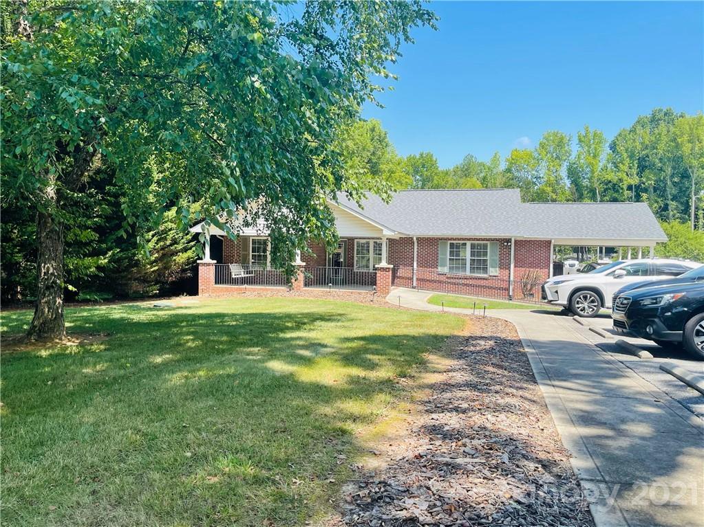 4003 New Hope Road Property Photo