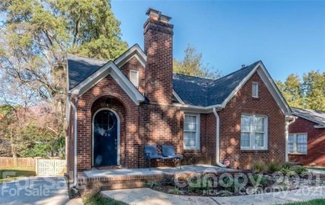 624 Walnut Avenue Property Photo