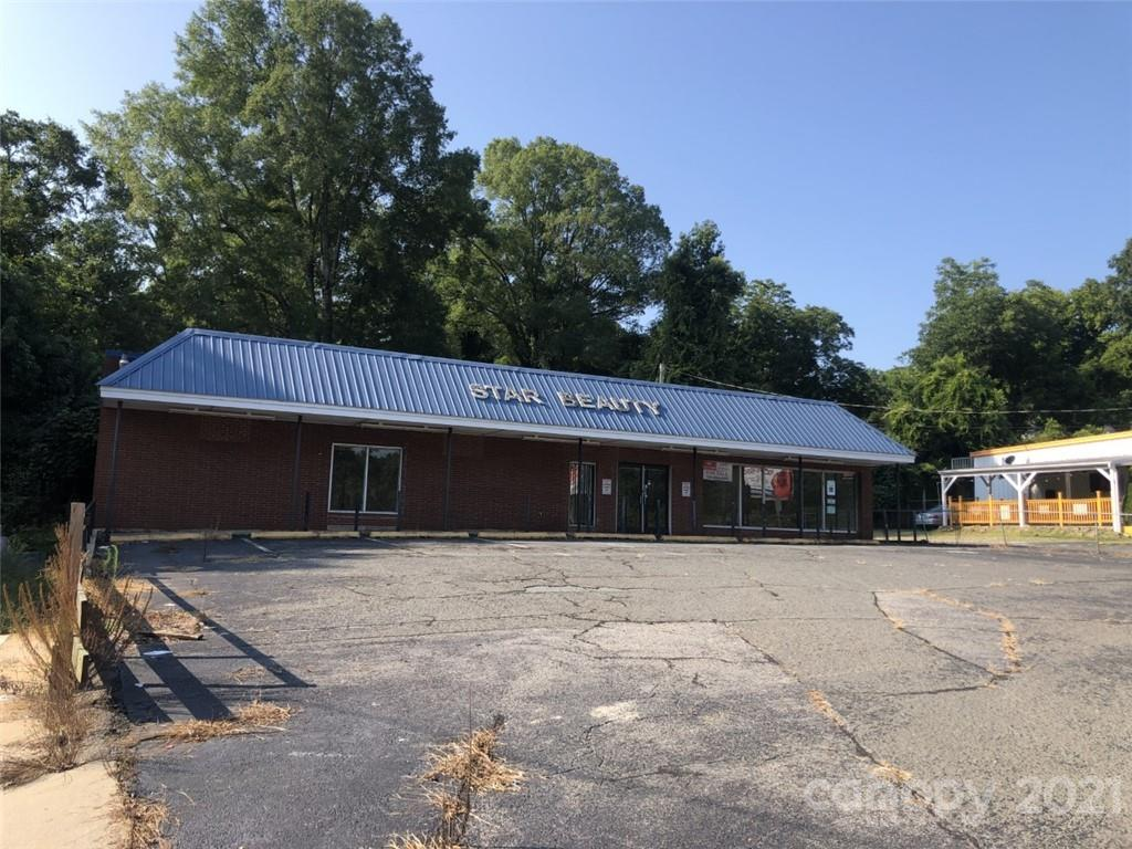 500 Caswell Street Property Photo