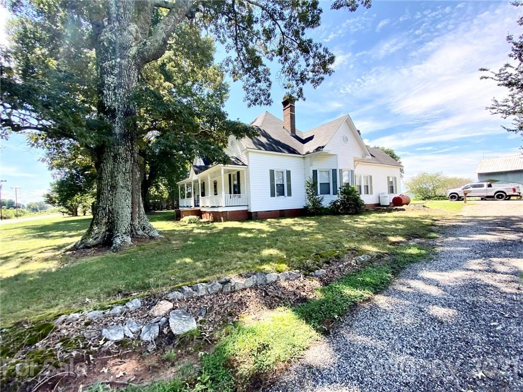 5124 Old Mountain Road Property Photo