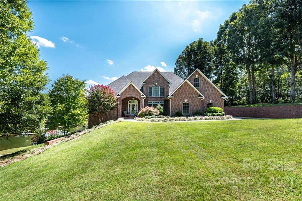 496 Davis Cove Road Property Photo