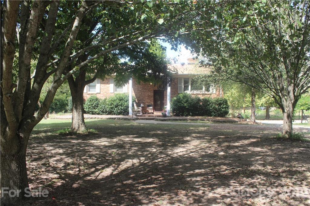 709 Olive Branch Street Property Photo
