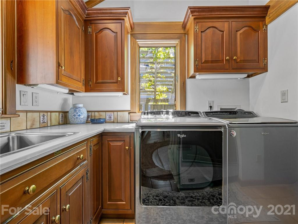 163 S East Shore Drive Property Photo 23