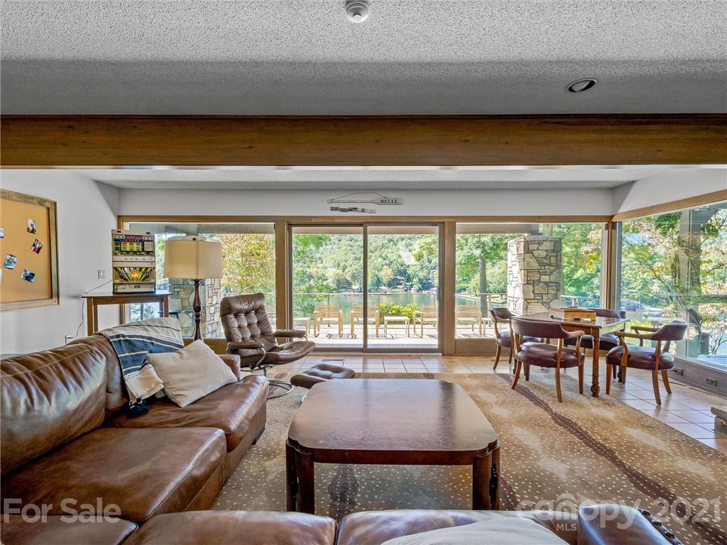 163 S East Shore Drive Property Photo 27