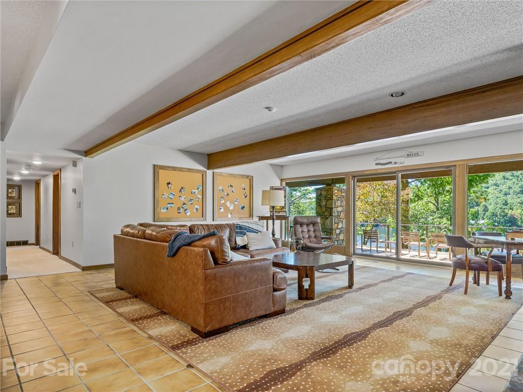 163 S East Shore Drive Property Photo 32