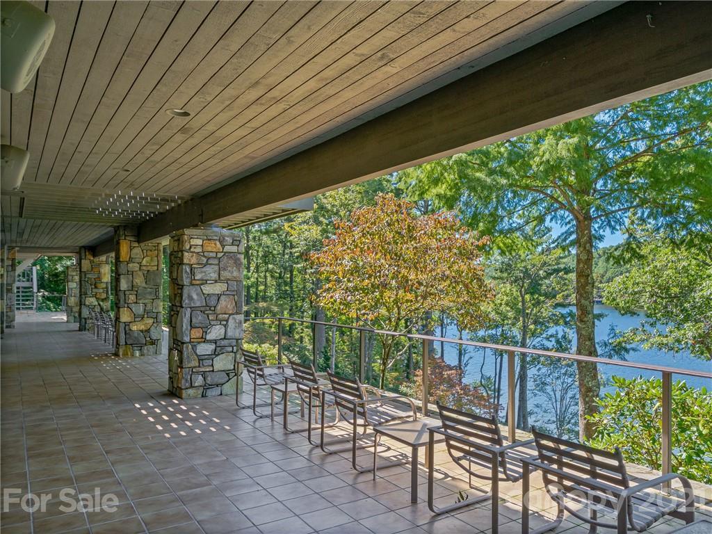 163 S East Shore Drive Property Photo 33