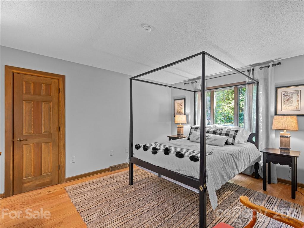 163 S East Shore Drive Property Photo 36