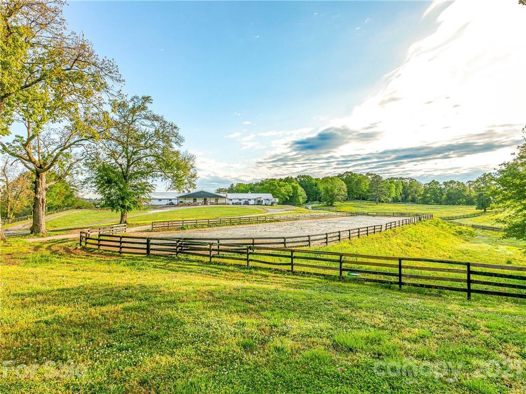 140 Joanda Farm Road Property Photo