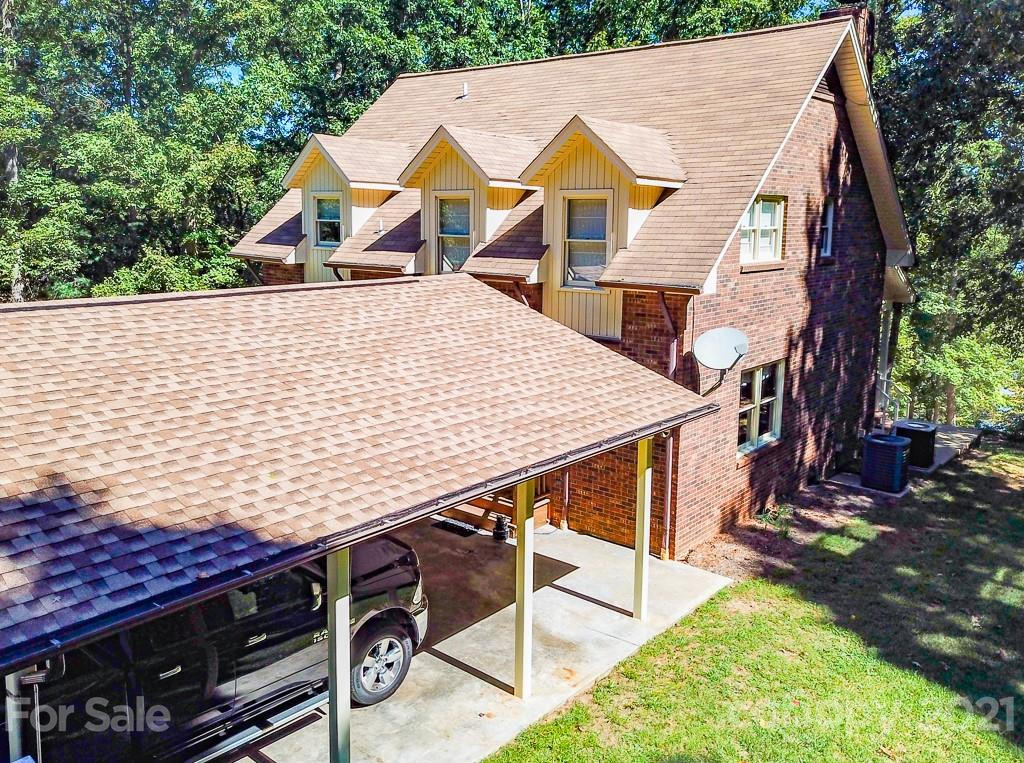 459 Lakeshore Lane Property Photo