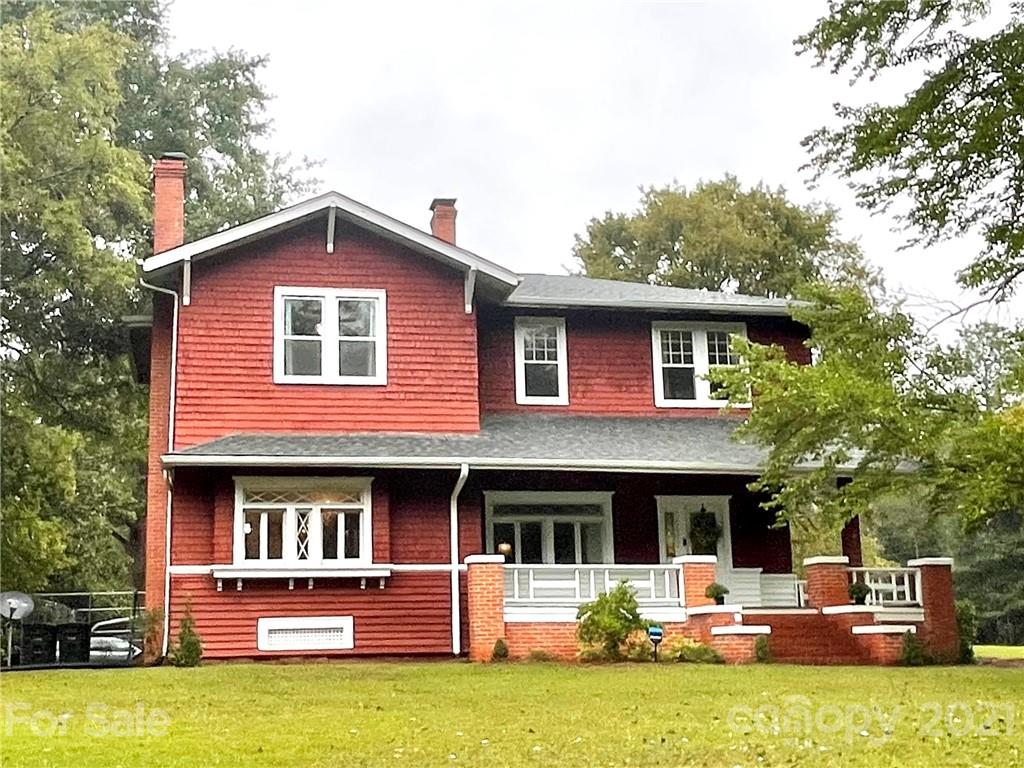 708 West Avenue Property Photo