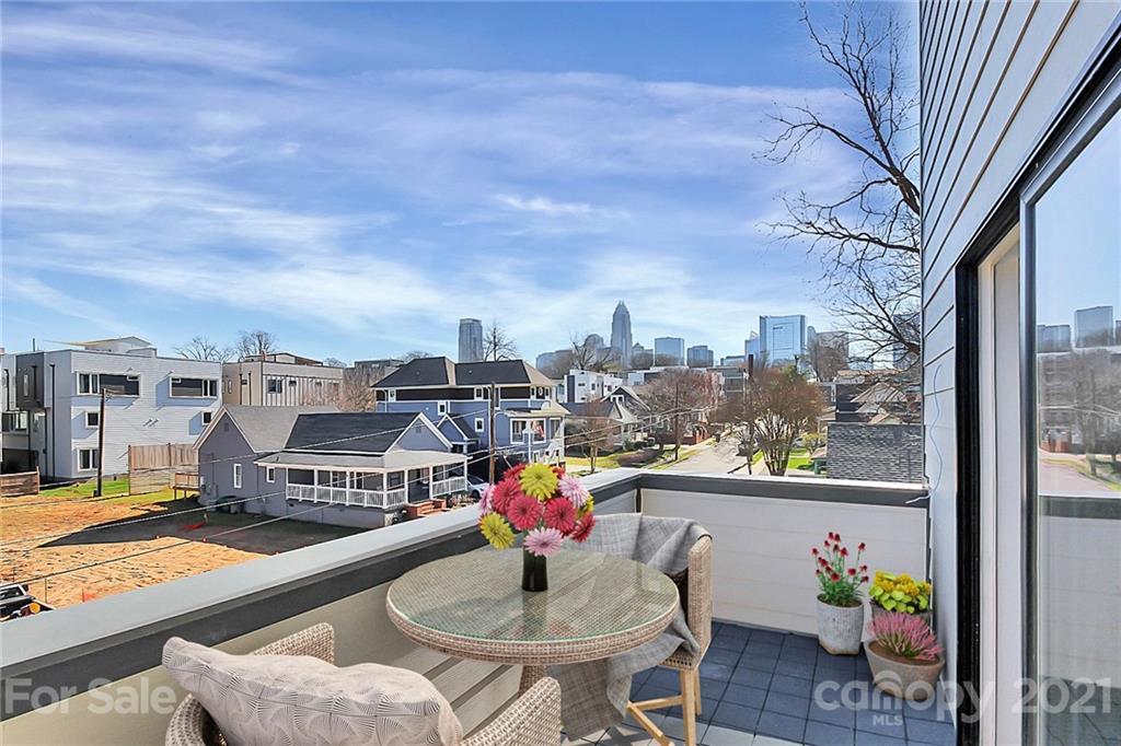1113 Greenleaf Avenue Property Photo