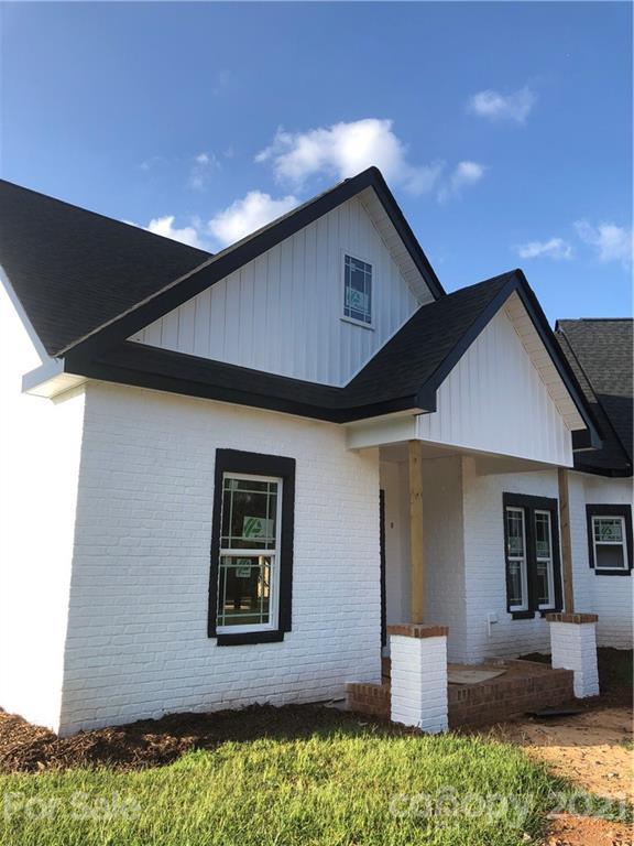 5514 Whitener Road Property Photo