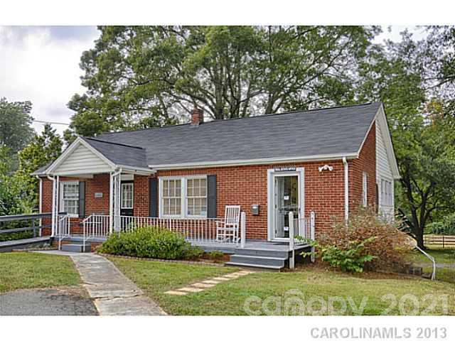 7521 N Matthews-mint Hill Road Property Photo
