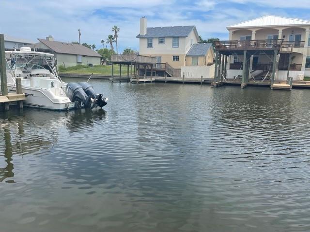 10/37 Catamaran Property Photo 1
