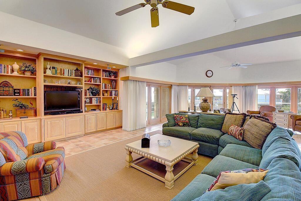6 Malibu Lane Property Photo 6
