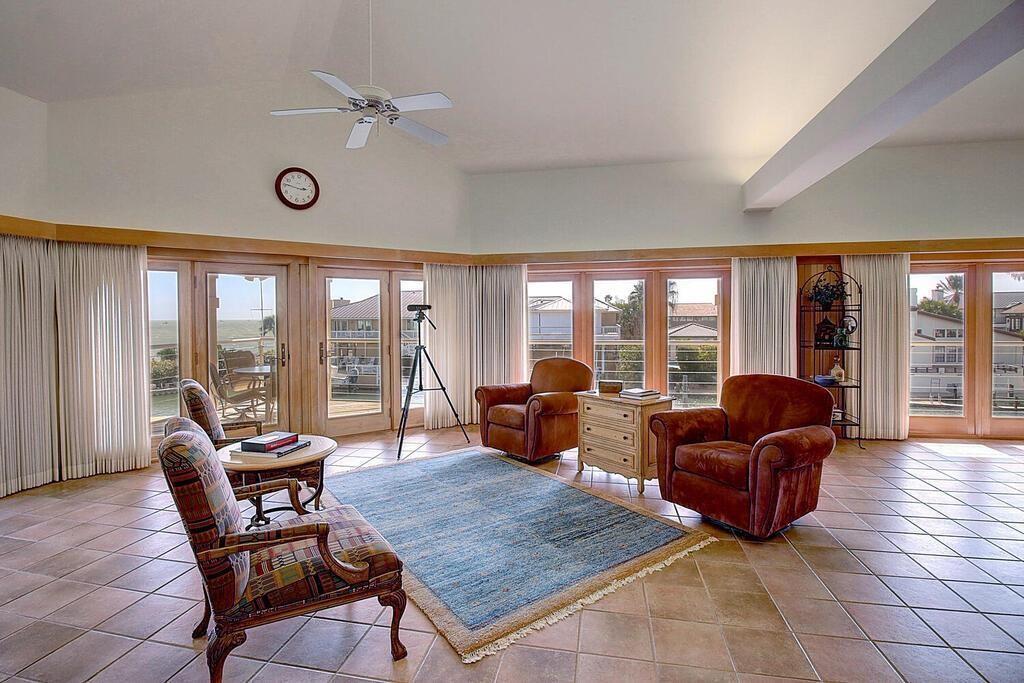 6 Malibu Lane Property Photo 12