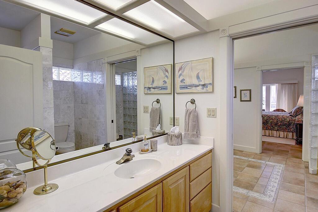 6 Malibu Lane Property Photo 29