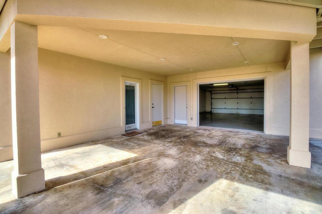 6 Malibu Lane Property Photo 40
